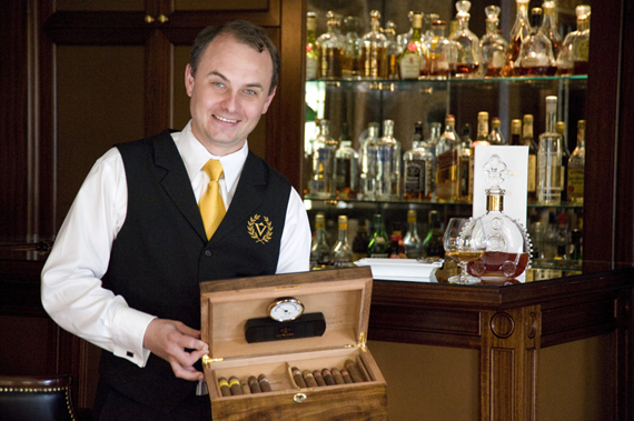 A Villazzo butler offers cigars