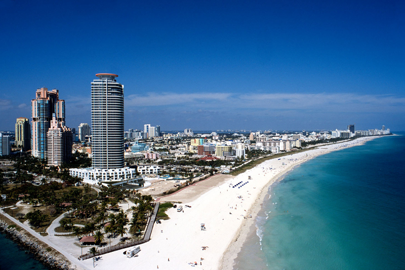 Rent A Florida Villa Luxury Fall Vacations in Miami FL. - Luxury Home Rentals in Miami ...